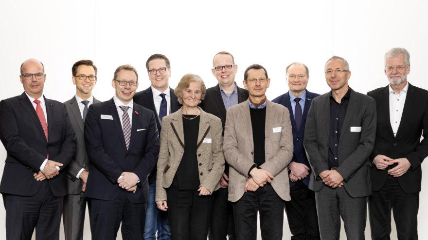 Representatives of the new members and the Executive Board of DAM (Deutsche Allianz Meeresforschung)