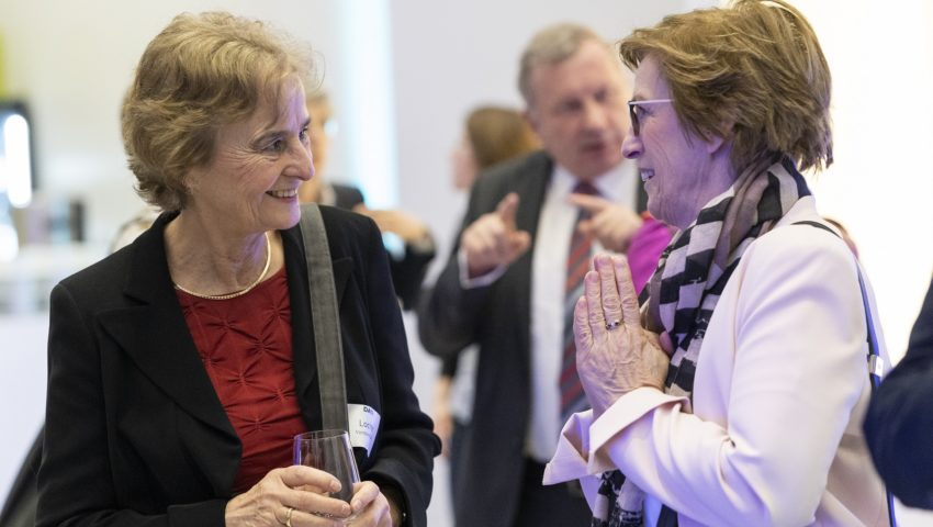 Karin Lochte und Monika Breuch-Moritz bei der Auftaktveranstaltung der Deutschen Allianz Meeresforschung DAM