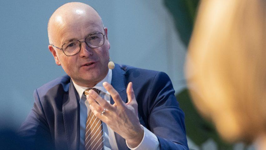 Karsten Schwanke (Moderator) bei der Auftaktveranstaltung der Deutschen Allianz Meeresforschung DAM