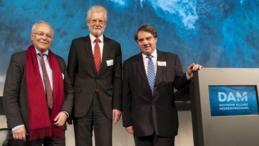 Francois Houllier, Peter Herzig und Ed Hill bei der Auftaktveranstaltung der Deutschen Allianz Meeresforschung DAM