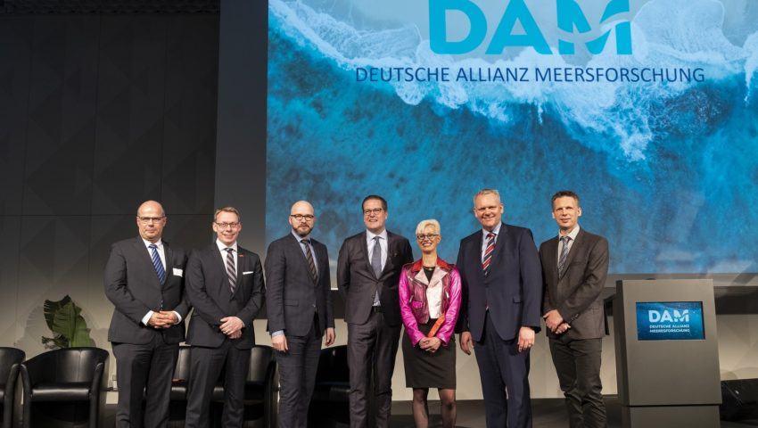 Representatives from Lower Saxony with Michael Bruno Klein at the German Marine Research Alliance DAM