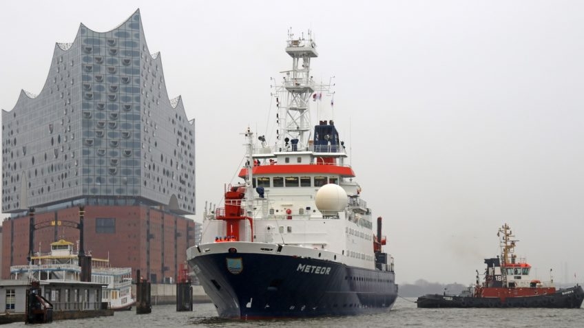 The research vessel Meteor at the Elbphilharmonie Concert Hall in Hamburg's HafenCity It is mainly used for basic research.