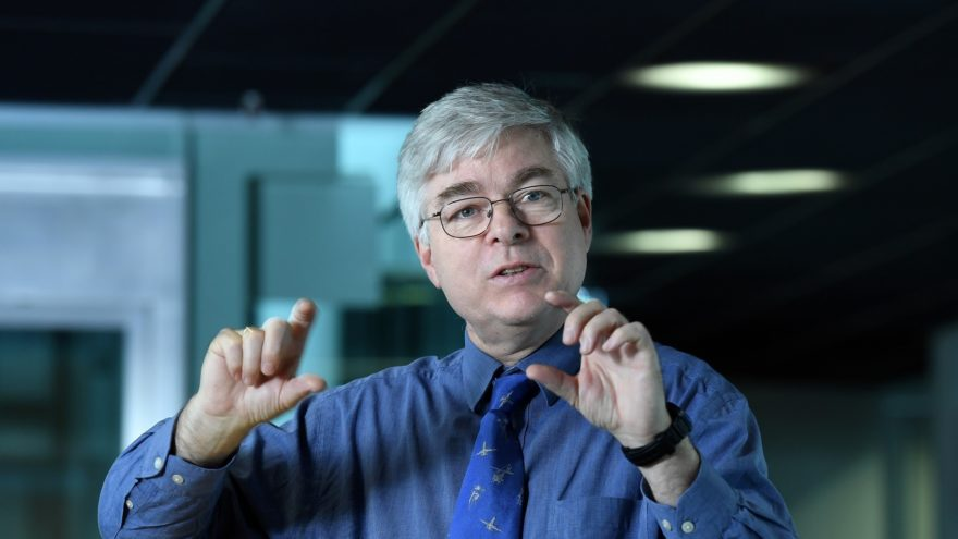 Detlef Stammer leitet das Welt Klimaforschung Programm