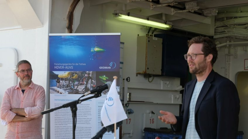 Removal of old ammunition and explosives, Jan Philipp Albrecht speaks on research ship